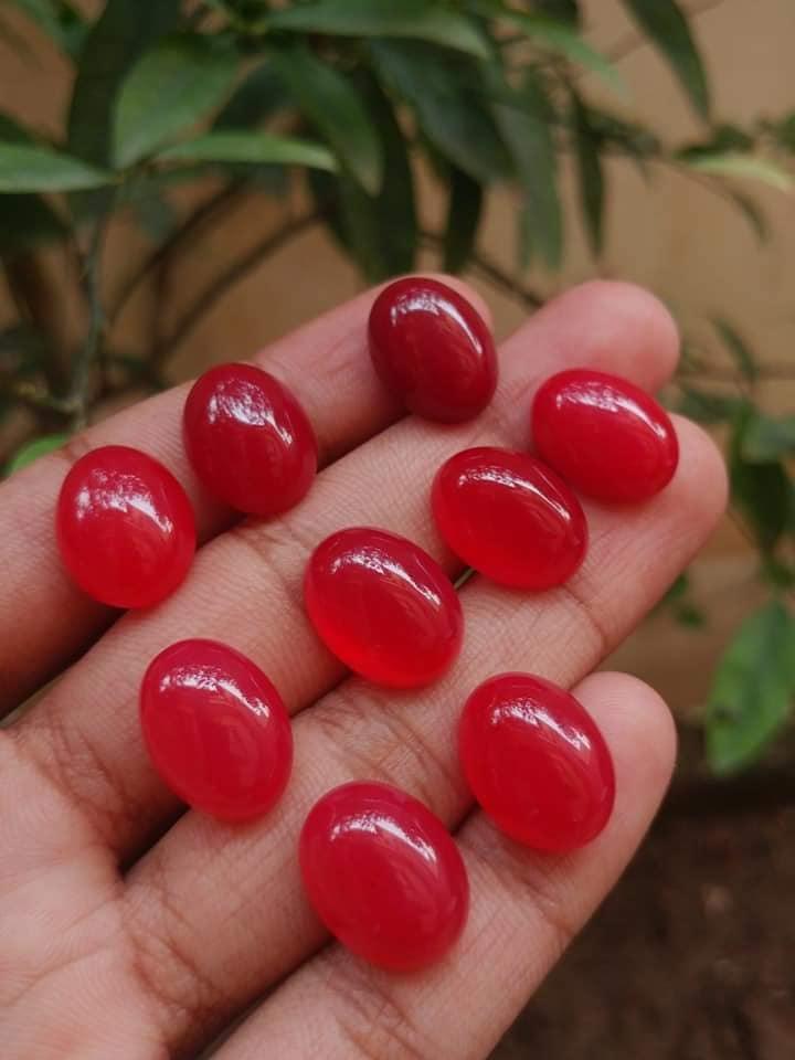 Red Aqeeq Stone