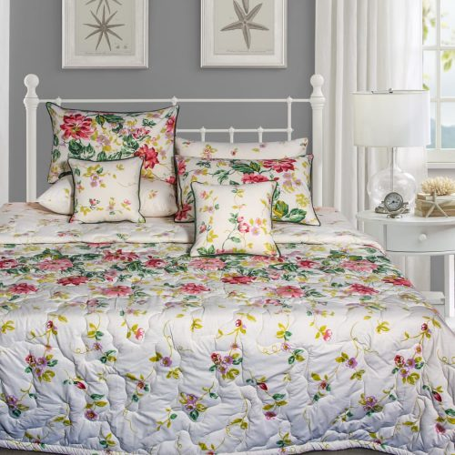 White Background Red Flowers Bedding 8 PCS Set