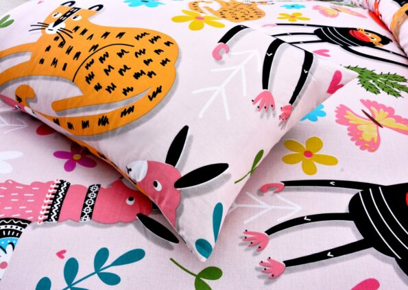 Animals Kids Bedding with 2 Pillows (2)