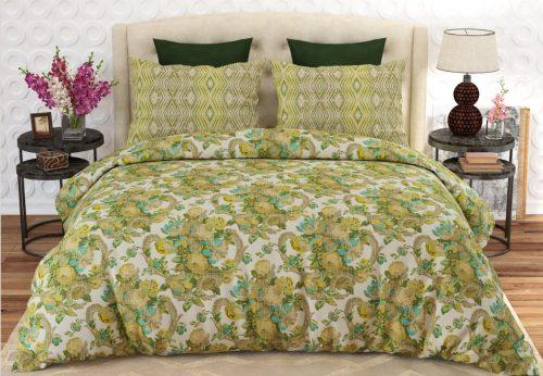 Yellow and White Comforter Set