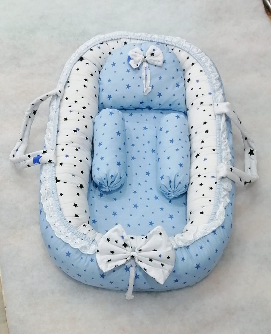 Blue White Design Baby Nest - 5 PCS